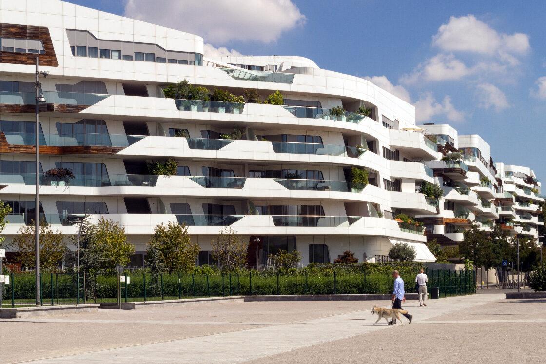Citylife residential complex, Zaha Hadid 1 - Riccardo Bianchini Architectural Photography