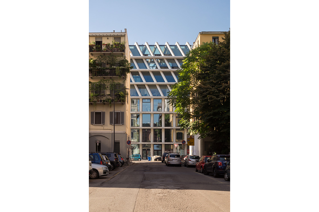 Feltrinelli Porta Volta, Herzog & de Meuron 3 - Riccardo Bianchini Architectural Photography