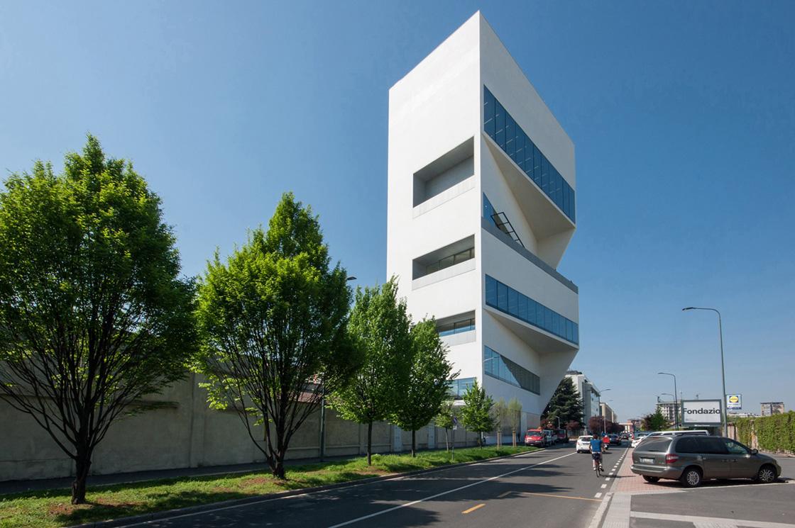 Fondazione Prada Rem Koolhaas, Riccardo Bianchini Architectural Photography