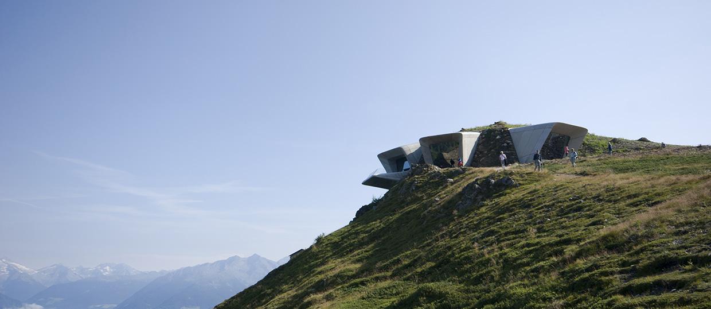 Messner Museum Corones Zaha Hadid 5 - Riccardo Bianchini architectural photography